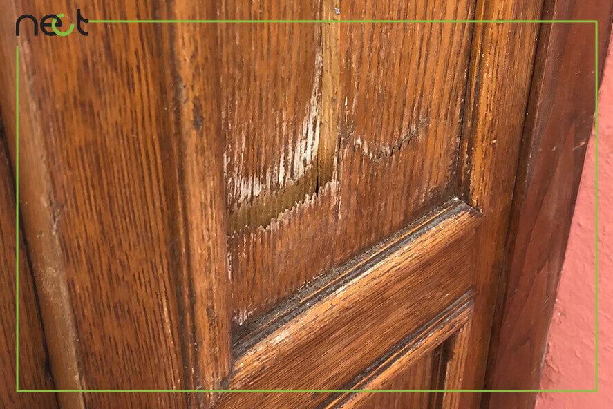 تعمیر درب چوبی