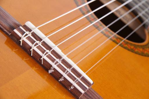 تعمیر خرک گیتار کلاسیک
