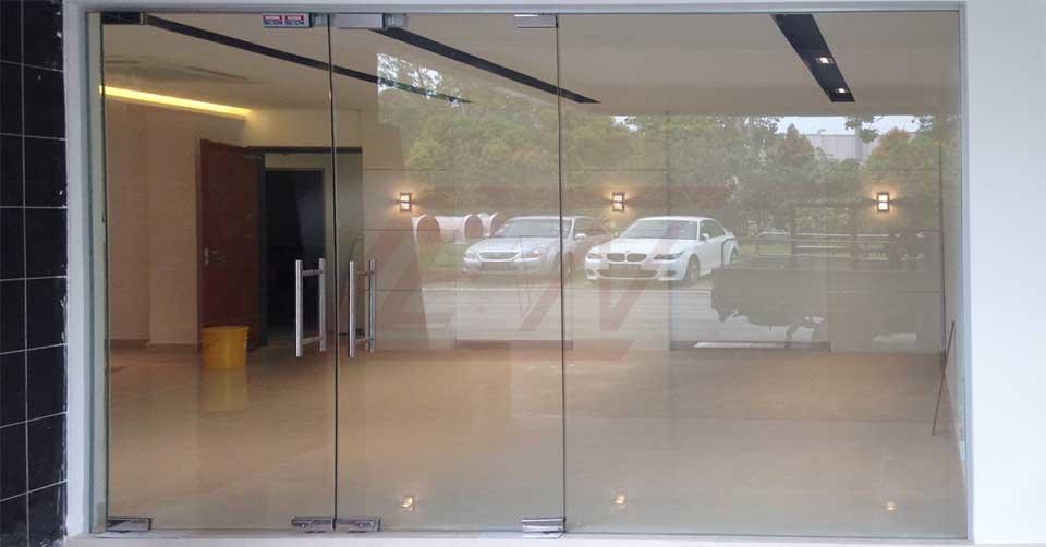 تعمیر درب شیشهای سکوریت