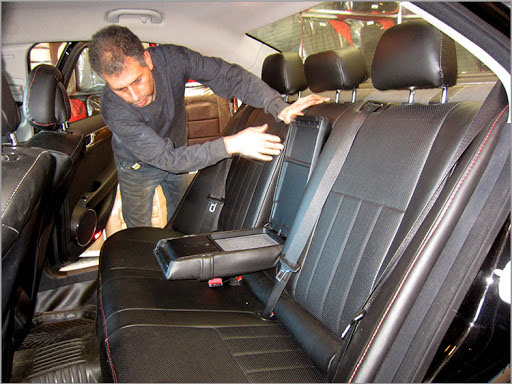 تعمیر صندلی خودرو در محل