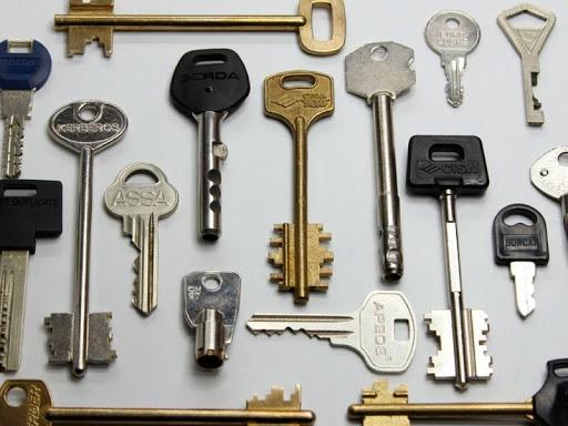 با انواع کلید و کاربردهای آن آشنا شوید