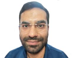 علی اصغر رستم تعمیرکار آیفون تصویری در استاده