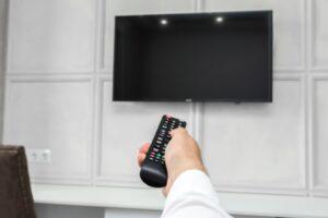 سیاه شدن صفحه تلویزیون