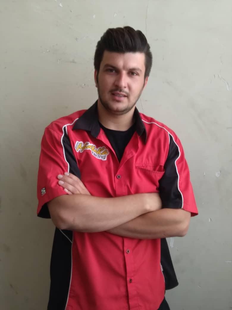 عباس محمودی تعمیر کار و نصاب کولر گازی در استاده