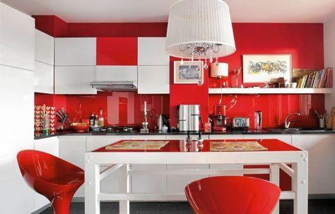 رنگ قرمز برای دیوار آشپزخانه