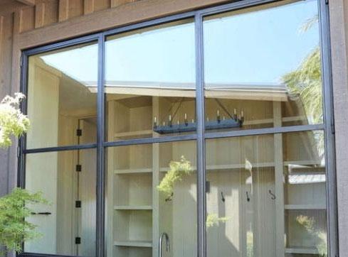 رنگ مناسب پنجره فلزی